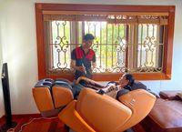 ghe-massage-phuong-11.jpg