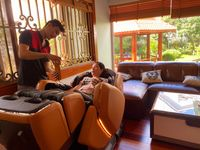 ghe-massage-phuong-10.jpg