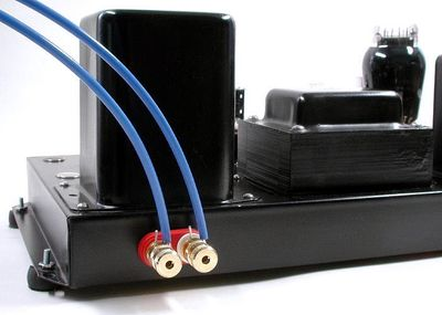 tinhte_bare_wire_speakers_cable.jpg